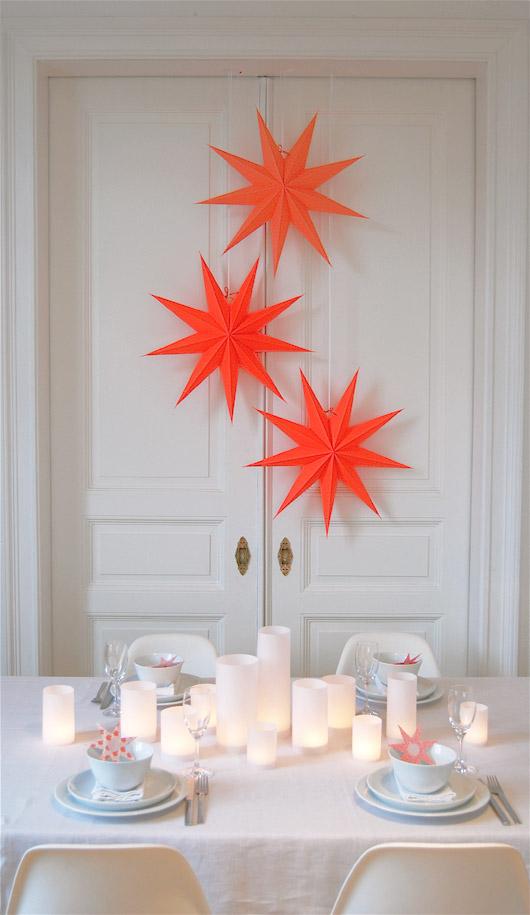Neon Paper Stars via fantas-tisch