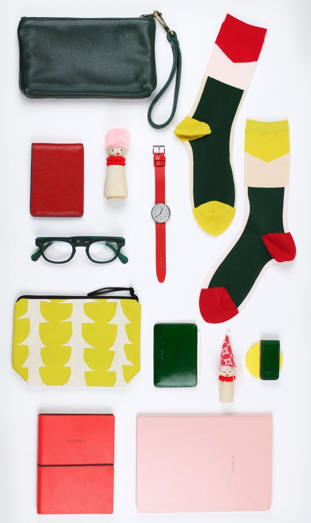 GIFT GUIDE: Merry & Bright