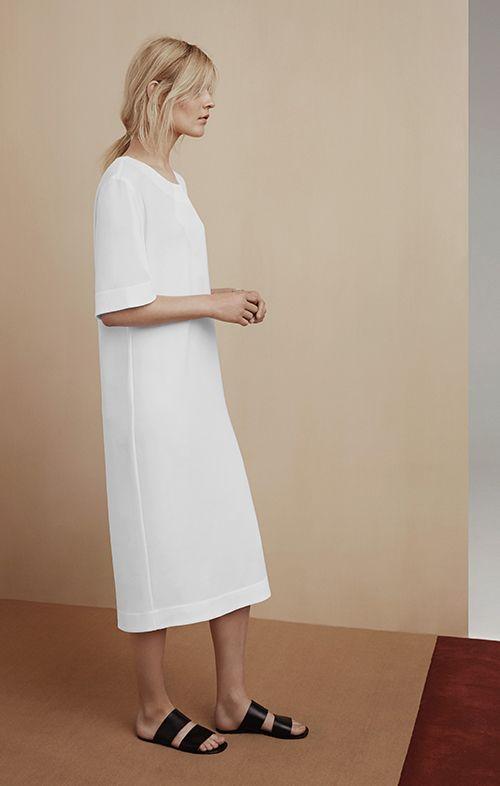 white-shift-dress-monchrome