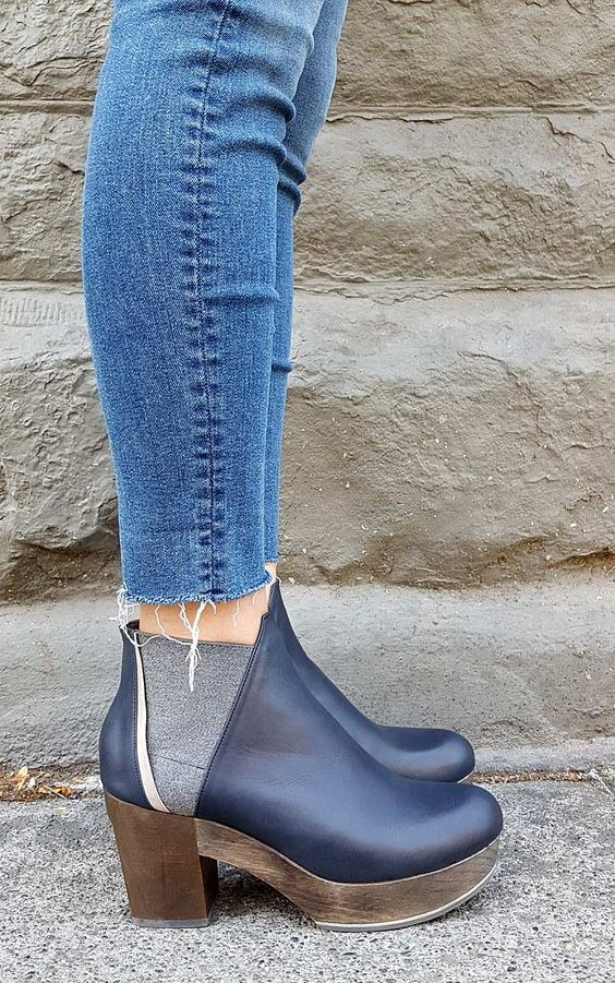 Coclico Trixie Clog Bootie in Navy/Grey