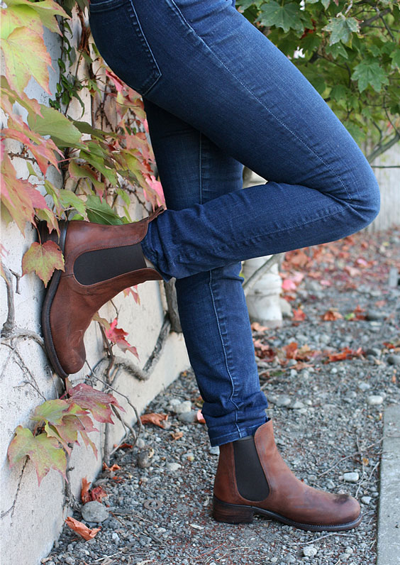 "P. Monjo ""P-961"" Chelsea boot for Women"